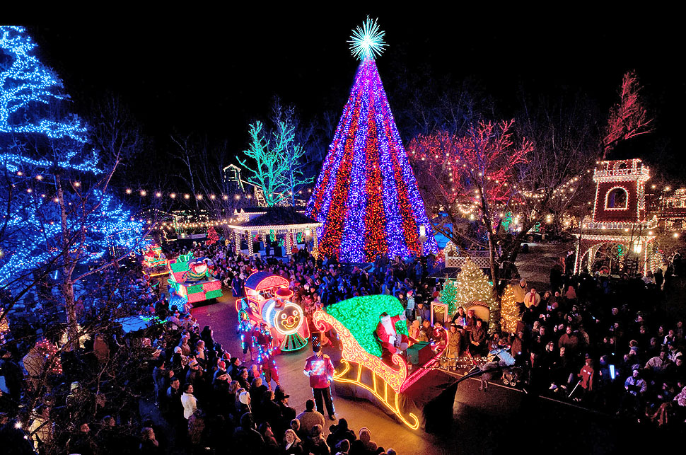 Begin your holiday season at the spectacular 40th Annual Parade of Lights.  The two-mile parade route in Downtown Denver is the stage for Colorado's ... - Parade Of Lights 12/5/2014 - Denver Westies